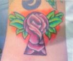 Keyhole rose